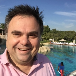 Buhalis Dubai pool
